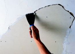 How to repair a ceiling | Ideas & Advice | DIY at B&Q
