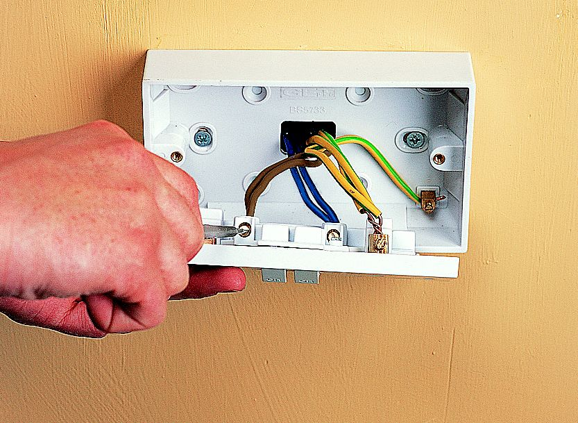 how to fit replace electric sockets ideas advice diy at b q rh diy com Wiring a Socket Outlet Electrical Plug Wiring