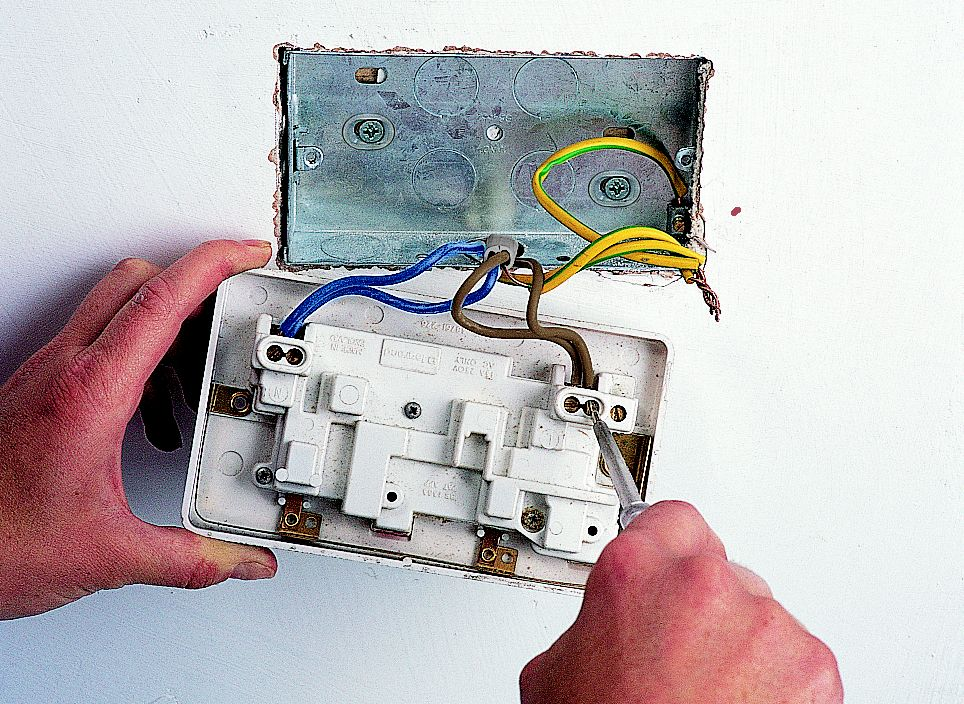 how to fit replace electric sockets ideas advice diy at b q rh diy com Wiring a Plug install double plug socket